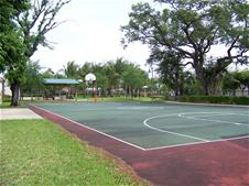 Photo of basketball court at Island City Park Preserve