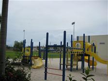 Photo of playground at Wilton Manors Elementary