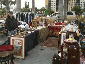Picture of yard sale vendor